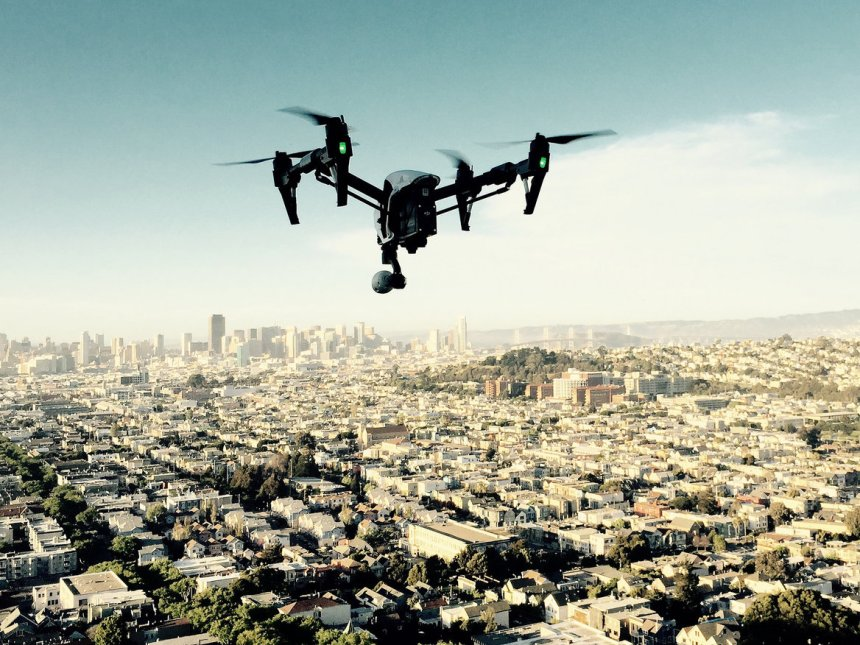 drone+over+city (1)